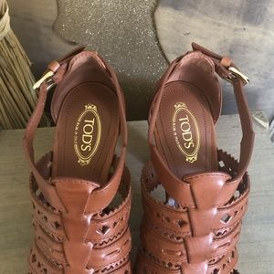 Tod's Shoes - Tod's Brown Leather Strappy Platform Heel Sandals